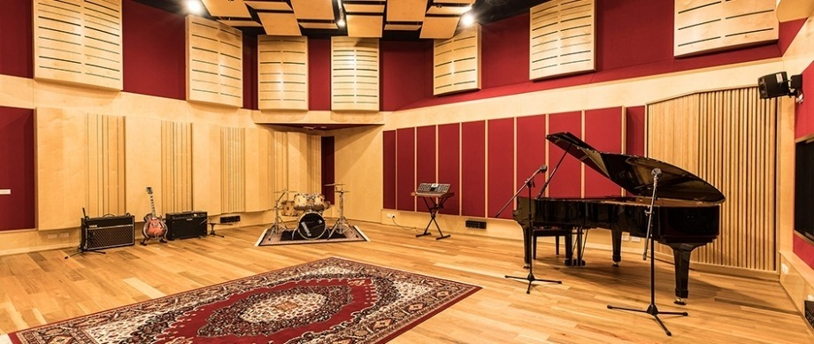 Photograph of the ANU School of Music recording studio